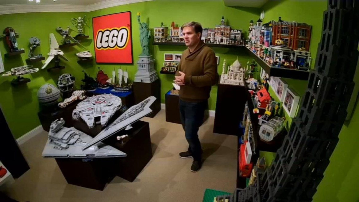 Louisville Man Shows off LEGO Room, Calls Hobby 'Therapeutic'